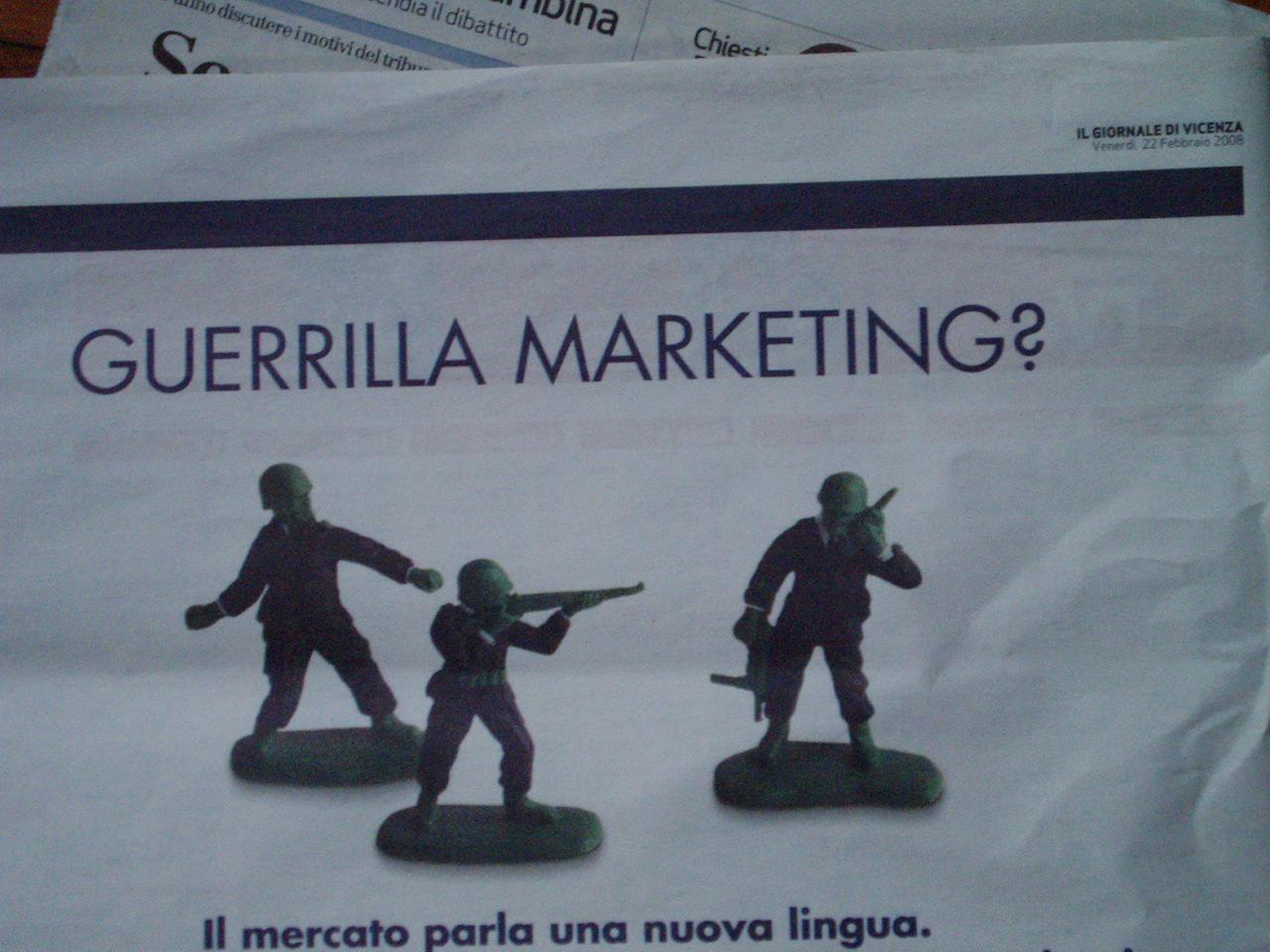 guerriglia marketing fake pubblicità compagni industriali pirate pirate.noblogs.org
